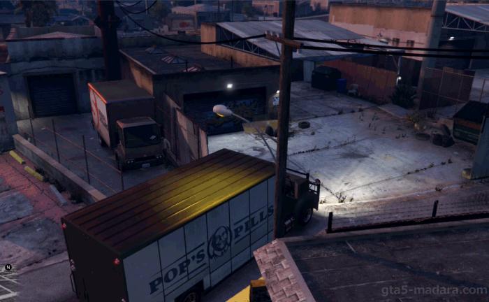 GTA5ストーリーミッション『強盗:宝石店(派手)』レスターの所へ行く