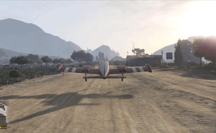 GTA5ストーリーミッション『ナーバス・ロン』飛行場に着陸